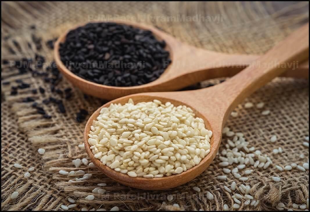 black-and-white-sesame-Seeds.jpg